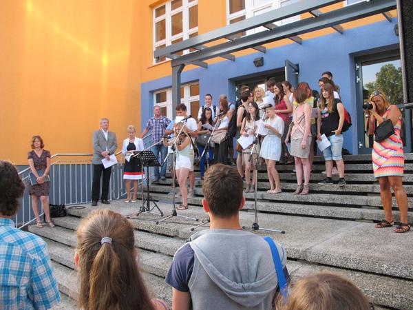 Musik in aller ohren die kantschule ist endlich fertig for Bauunternehmen falkensee
